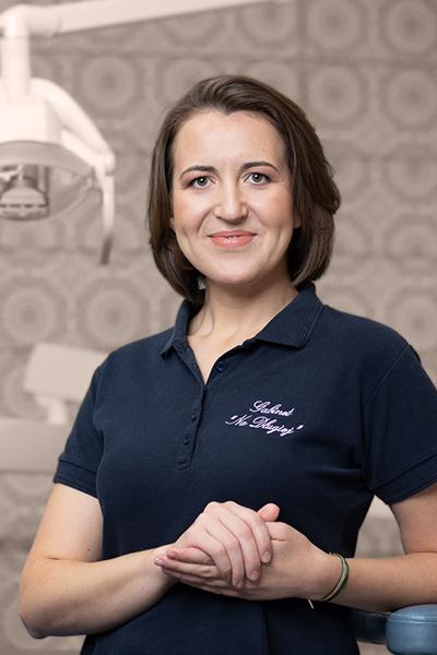 dr Anna Lipowska - członkini zespołu Gabinetów Dentysta Na Długiej 27/1, Warszawa Centrum